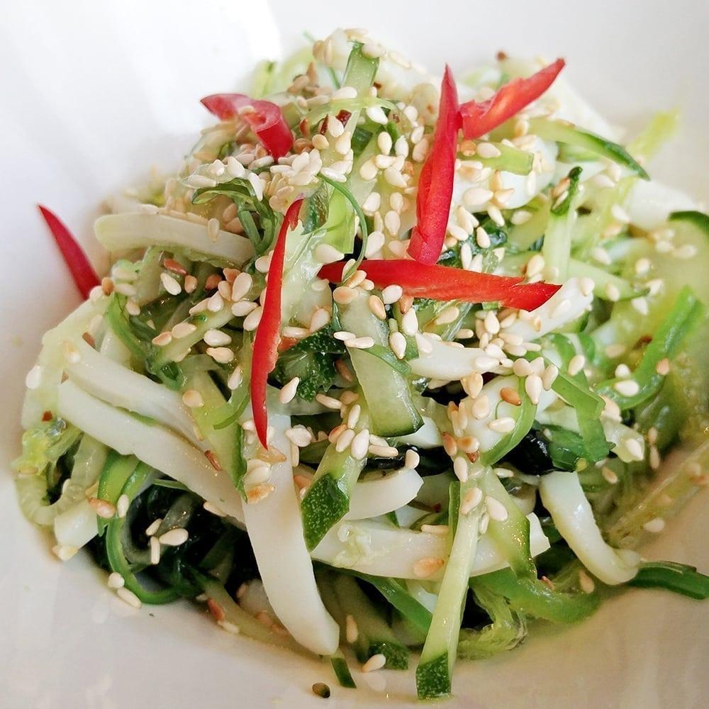 Cалат чука с кальмаром | Salad of chuka with squid
