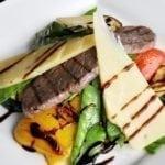 Гриль-салат с говяжьей вырезкой   Salad-grill with beef fillet