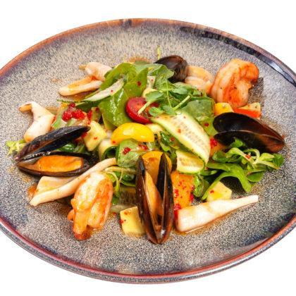 Салат от Шефа с морепродуктами | Chef's salad with seafood
