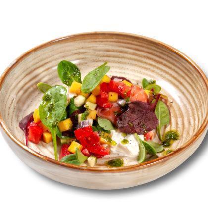 Салат с копчёным лососем | Smoked salmon salad