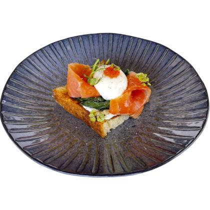 Бриошь с с/с сёмгой | Brioche with lightly salted salmon